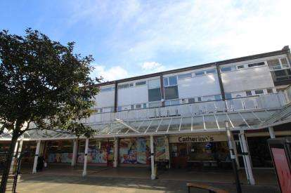 3 Bedrooms Terraced House for sale in St. Catherines Place, Bedminster, Bristol