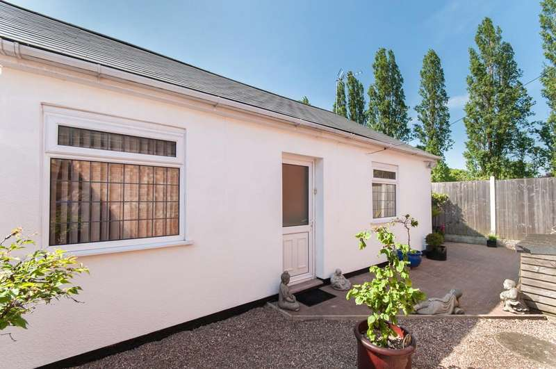 3 Bedrooms Detached Bungalow for sale in Sinfin Lane, Derby