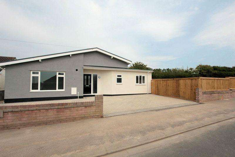 2 Bedrooms Detached Bungalow for sale in Frances Avenue, Rhyl
