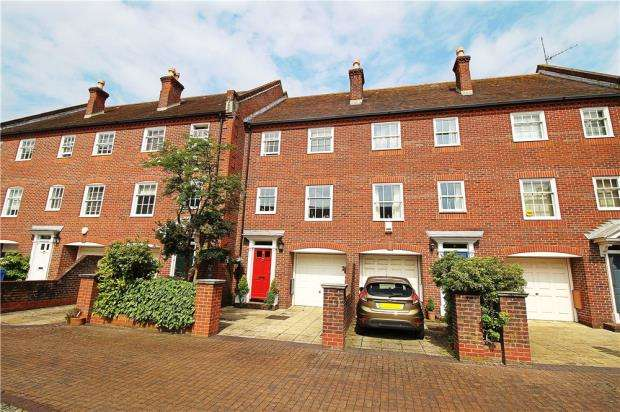 3 Bedrooms Terraced House for sale in Old Town Poole, Dorset, BH15
