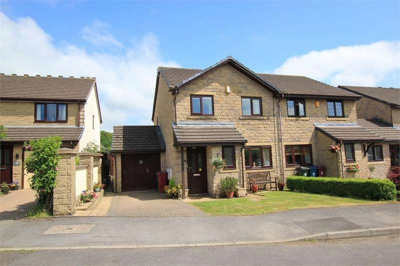 3 Bedrooms Semi Detached House for sale in 37 Woodlands Park, Whalley