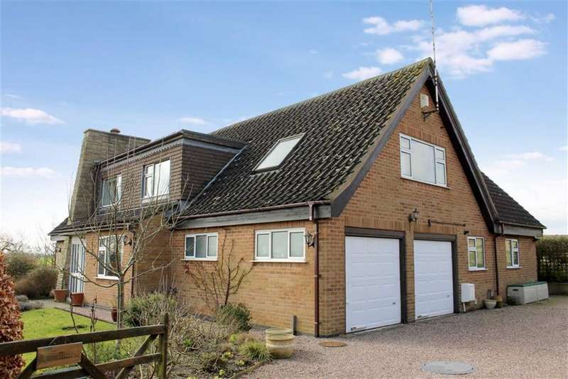 4 Bedrooms Detached House for sale in Hunningham Road, Weston Under Wetherley, CV33