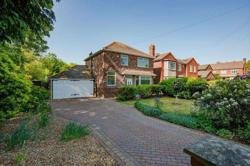 3 Bedrooms Detached House for sale in Clifton Road, Higher Runcorn