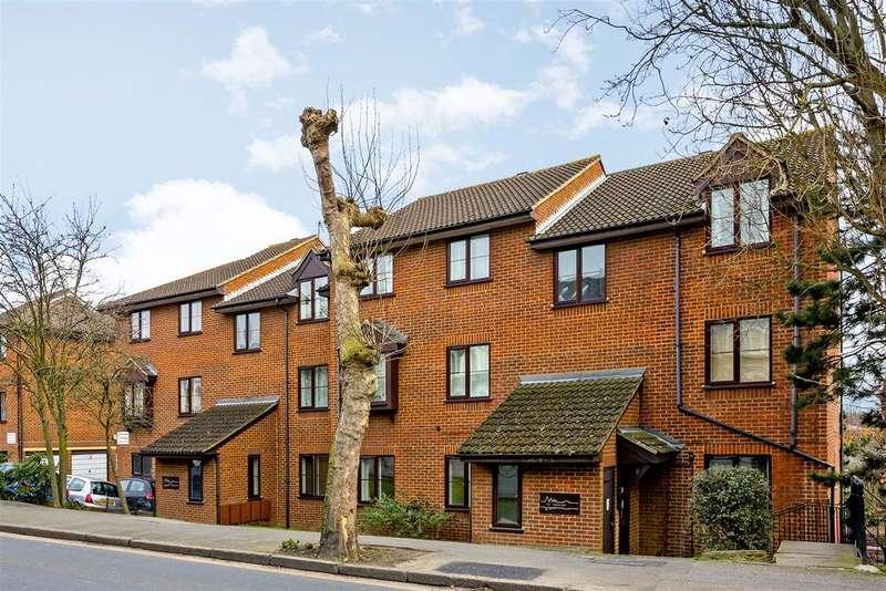 2 Bedrooms Flat for sale in Jasmine Court, Alexandra Road, Wimbledon
