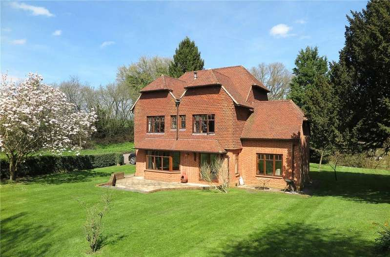 4 Bedrooms Detached House for sale in South Hay, Kingsley, Hampshire, GU35