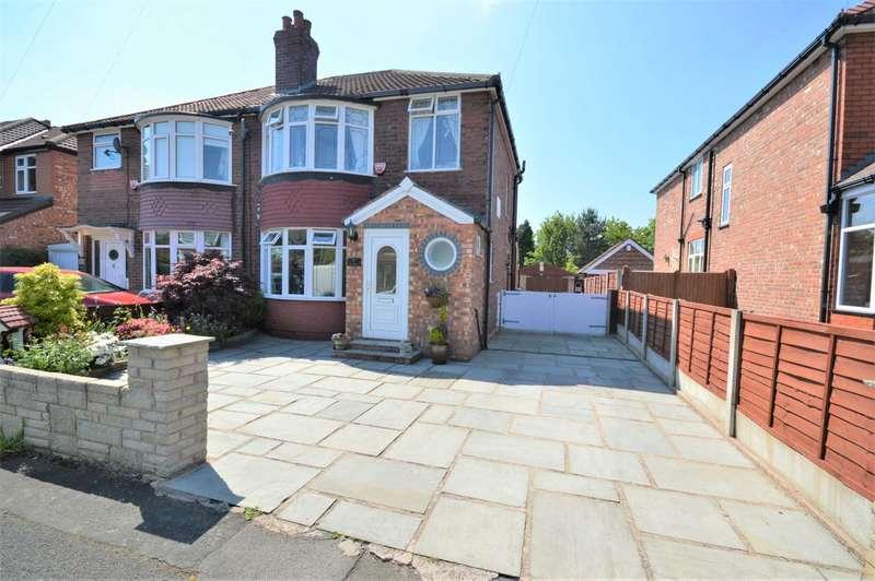 3 Bedrooms Semi Detached House for sale in Rutland Road, Hazel Grove