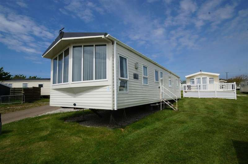 3 Bedrooms Chalet House for sale in Maer Lane, Bude