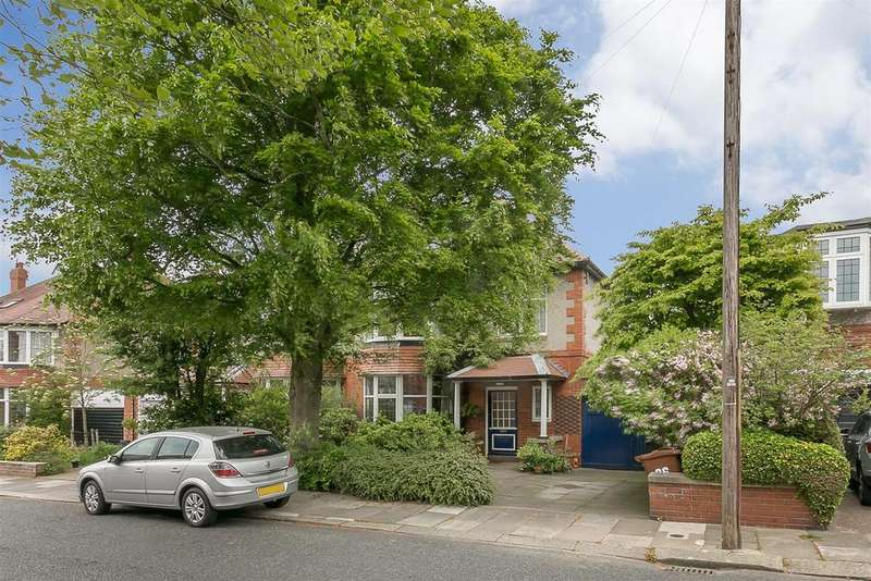 6 Bedrooms Semi Detached House for sale in Osbaldeston Gardens, Gosforth, Newcastle upon Tyne