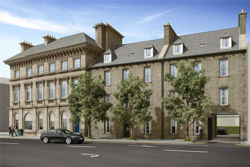 2 Bedrooms Apartment Flat for sale in Flat 2, 12-18 Bernard Street, Bernard Street, Edinburgh, Midlothian