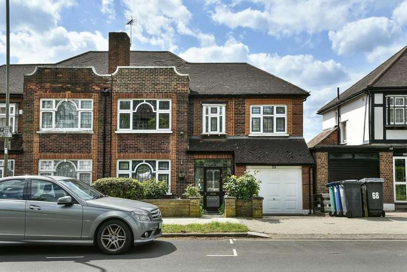 4 Bedrooms Semi Detached House for sale in Abbots Gardens, N2 0JH