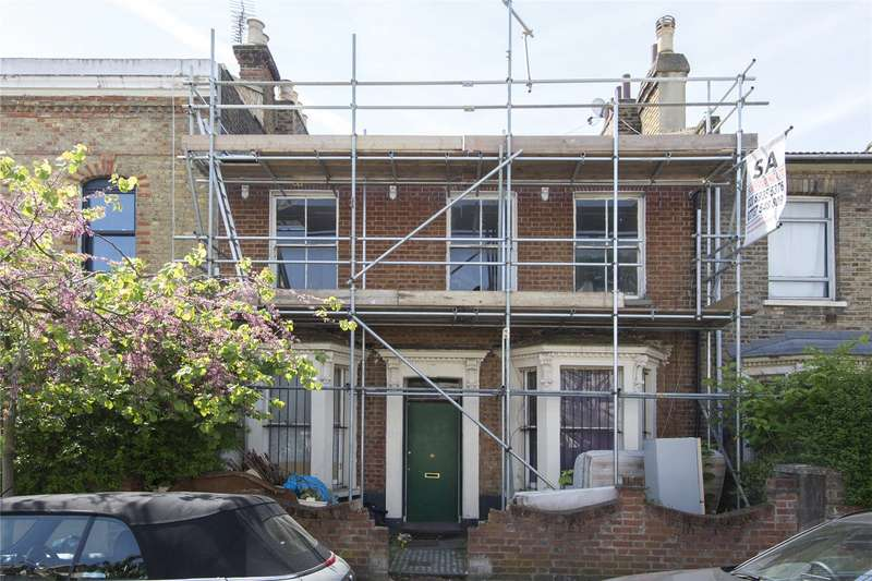 5 Bedrooms House for sale in Walsingham Road, London, E5