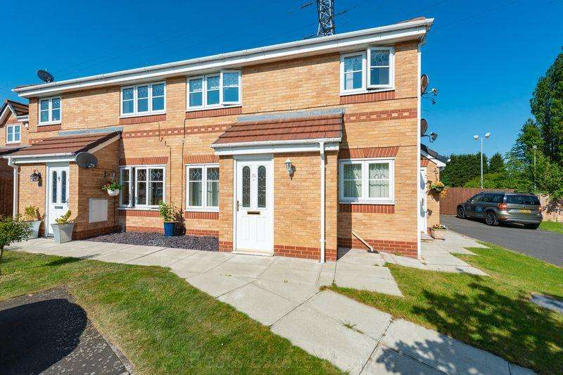 2 Bedrooms Apartment Flat for sale in Hamlin Close, Victoria Park Weston Runcorn