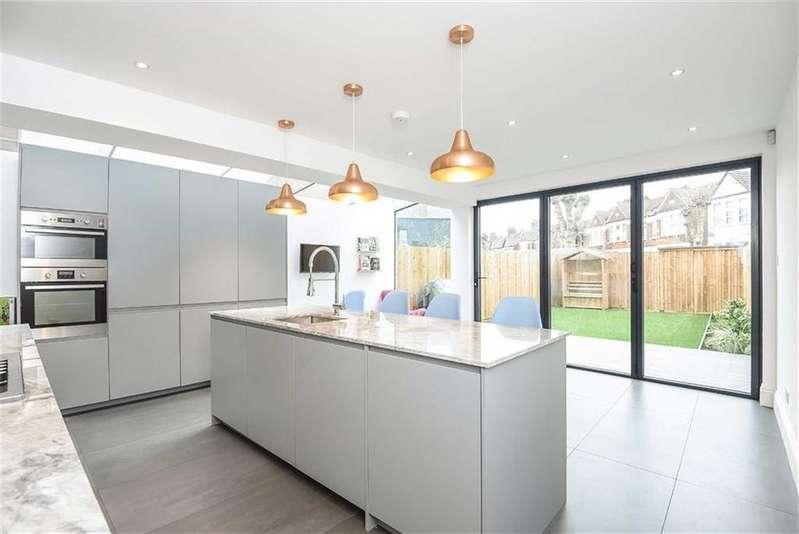 4 Bedrooms Terraced House for sale in Ivy Road, Cricklewood, London, NW2