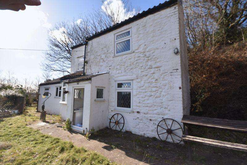 2 Bedrooms Detached House for sale in Lamb Hill, St George