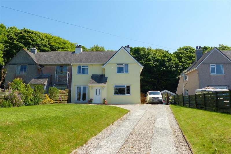 3 Bedrooms Semi Detached House for sale in Carnon Downs