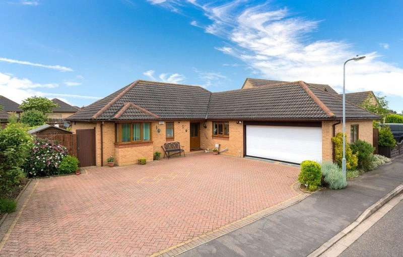 3 Bedrooms Detached Bungalow for sale in Wingate Way, Bourne, PE10