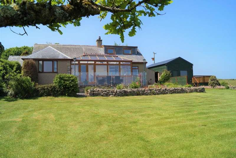 4 Bedrooms Detached House for sale in Mynytho, Pwllheli