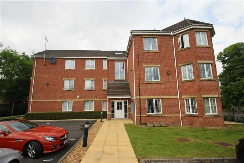 2 Bedrooms Apartment Flat for sale in Hampton Court, Handforth
