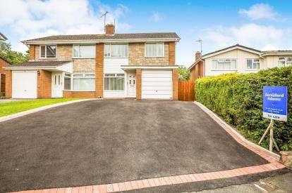 3 Bedrooms Semi Detached House for sale in Bryn Clwyd, Mynydd Isa, Mold, Flintshire, CH7