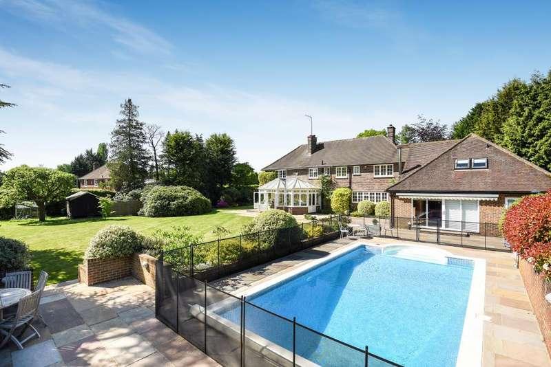 6 Bedrooms Detached House for sale in Chobham, Surrey, GU24