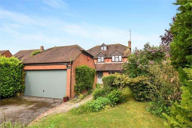5 Bedrooms Detached House for sale in Granborough Road, North Marston, Buckinghamshire. MK18 3PN