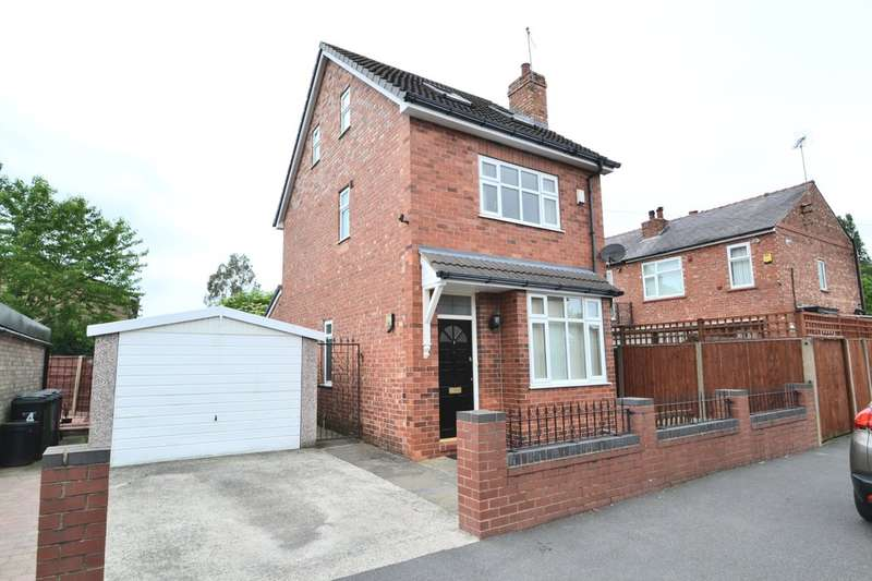 4 Bedrooms Detached House for sale in Normanton Road, Cheadle Heath