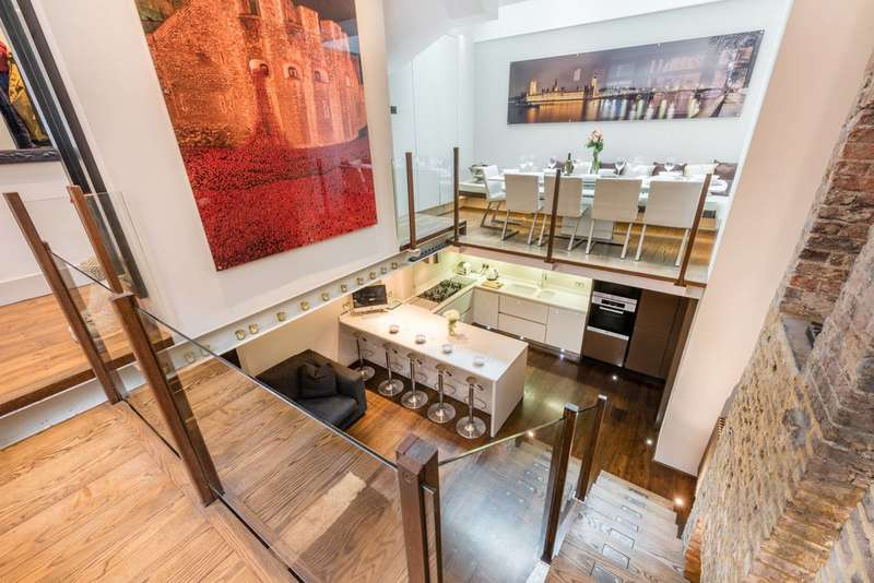 3 Bedrooms House for sale in Betterton Street, Covent Garden, WC2H