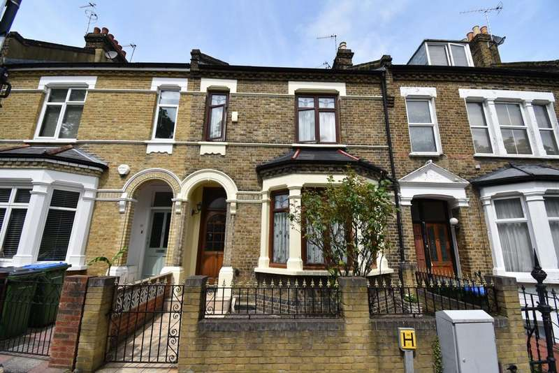 4 Bedrooms Terraced House for sale in St. Margarets Grove London SE18