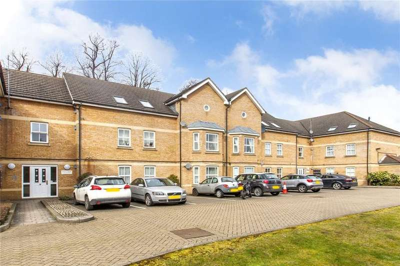 2 Bedrooms Flat for sale in Catterick Close, New Southgate, N11