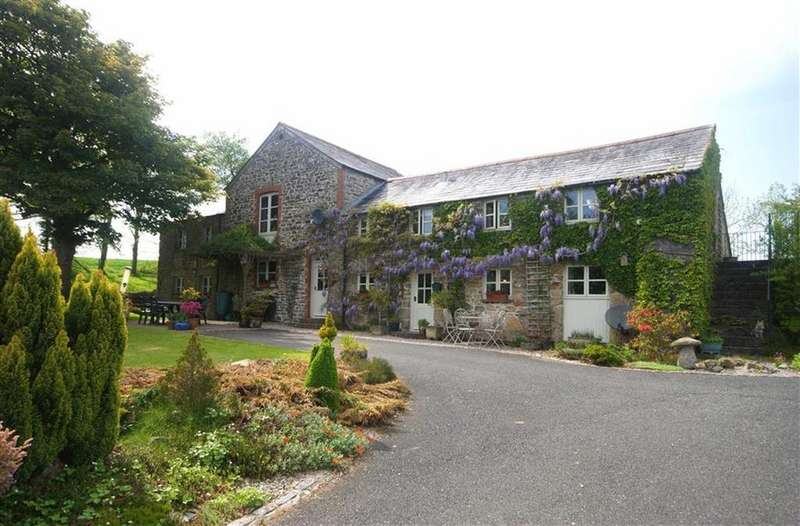 4 Bedrooms Detached House for sale in Lostwithiel, Cornwall, PL22