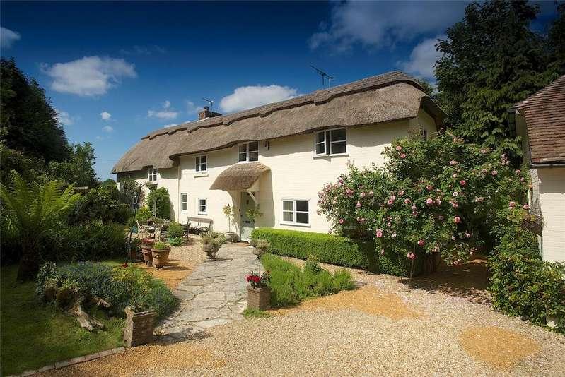 3 Bedrooms Detached House for sale in Wareham, Dorset