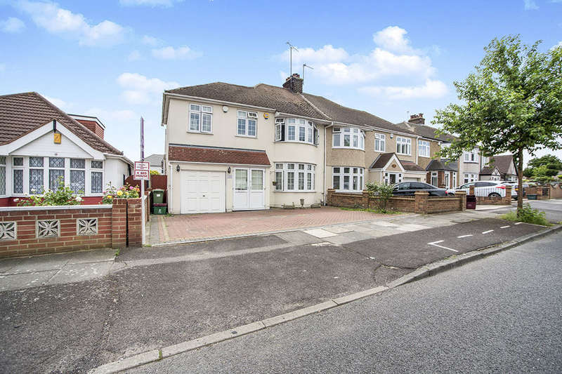 4 Bedrooms Semi Detached House for sale in Rydal Drive, Bexleyheath, DA7