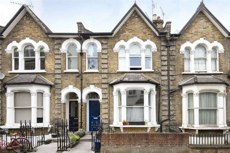 3 Bedrooms Flat for sale in Clapton Passage, London, E5