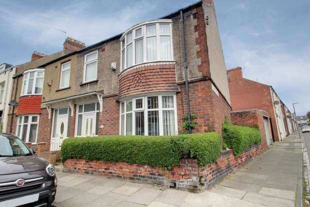 3 Bedrooms Property for sale in Colwyn Road, Hartlepool, Cleveland, TS26 9AS