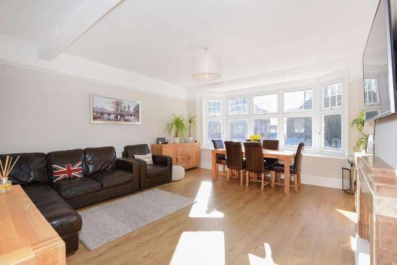 3 Bedrooms Flat for sale in Broad Street, Wokingham, RG40