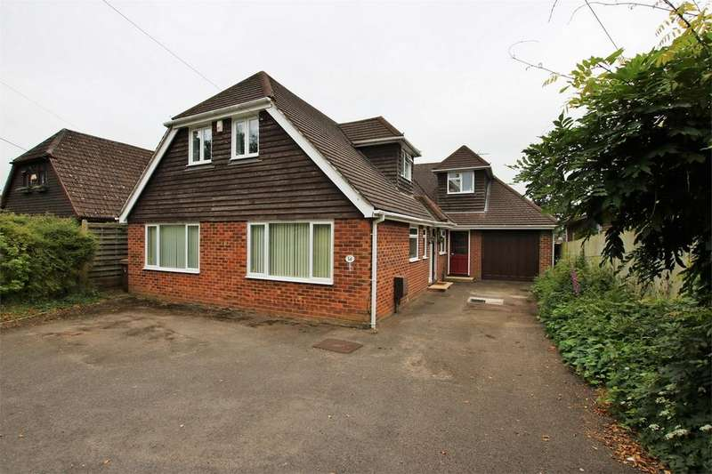 5 Bedrooms Detached House for sale in Sandy Lane, WOKINGHAM, Berkshire