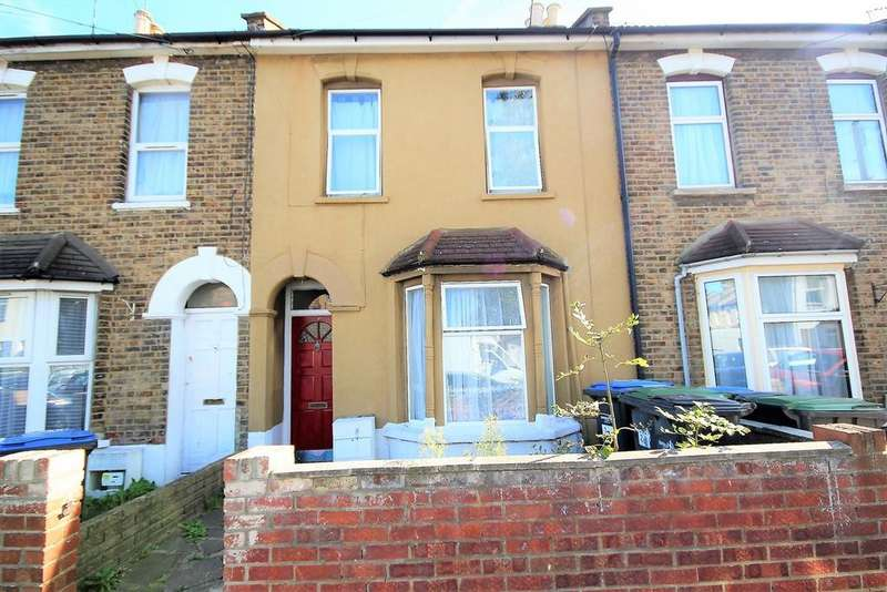 2 Bedrooms Terraced House for sale in Wellington Avenue, London, N9