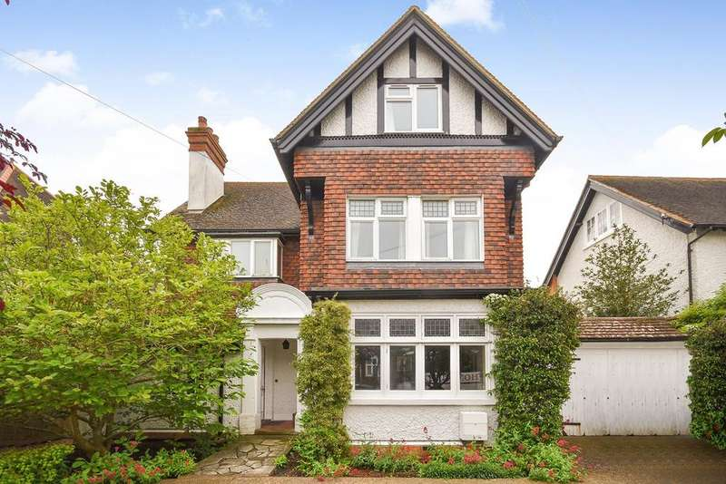 6 Bedrooms Detached House for sale in Julian Road, Folkestone, CT19