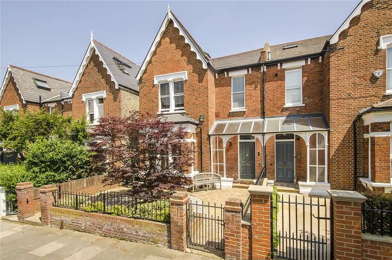 5 Bedrooms Semi Detached House for sale in Elms Road, London, SW4