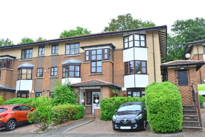 2 Bedrooms Flat for sale in Celestial Gardens, Lewisham, London, SE13