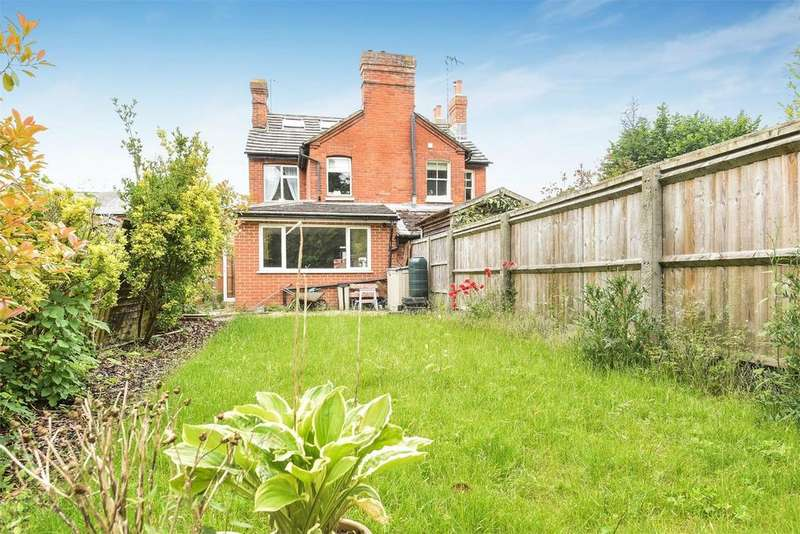 2 Bedrooms Semi Detached House for sale in Whitchurch, Hampshire