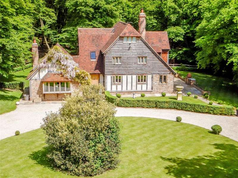 4 Bedrooms Detached House for sale in Greensted, Ongar, Essex, CM5
