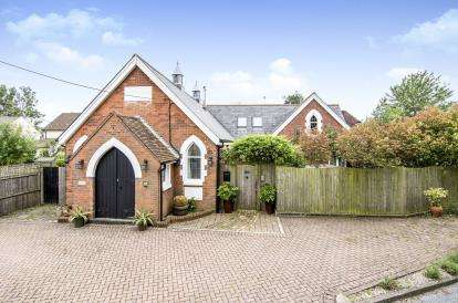 4 Bedrooms Detached House for sale in Bradwell, Braintree, Essex