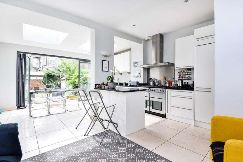 4 Bedrooms Terraced House for sale in Rostella Road, Tooting