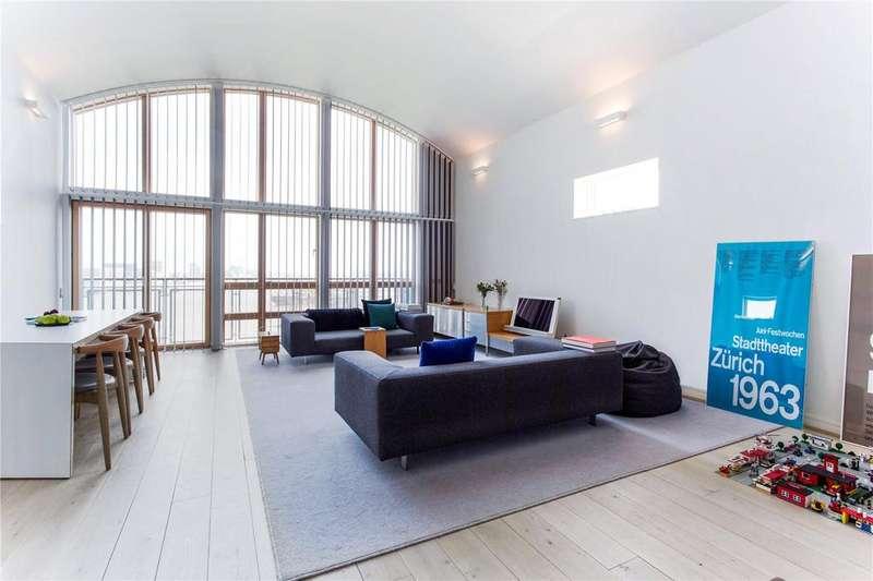 2 Bedrooms Flat for sale in Maurer Court, Renaissance Walk, Greenwich Peninsula, London, SE10