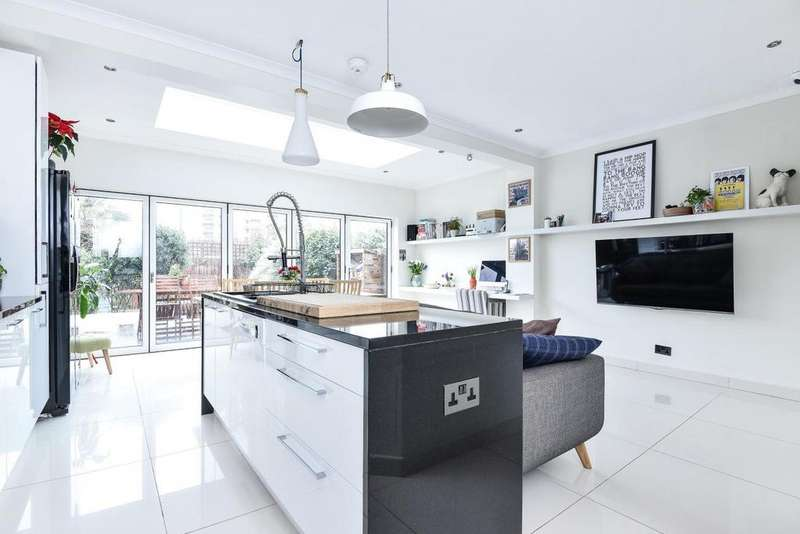 4 Bedrooms Terraced House for sale in Greenend Road, Chiswick