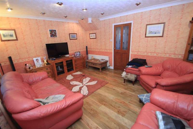 4 Bedrooms Detached House for sale in Elwell Avenue, Barwell