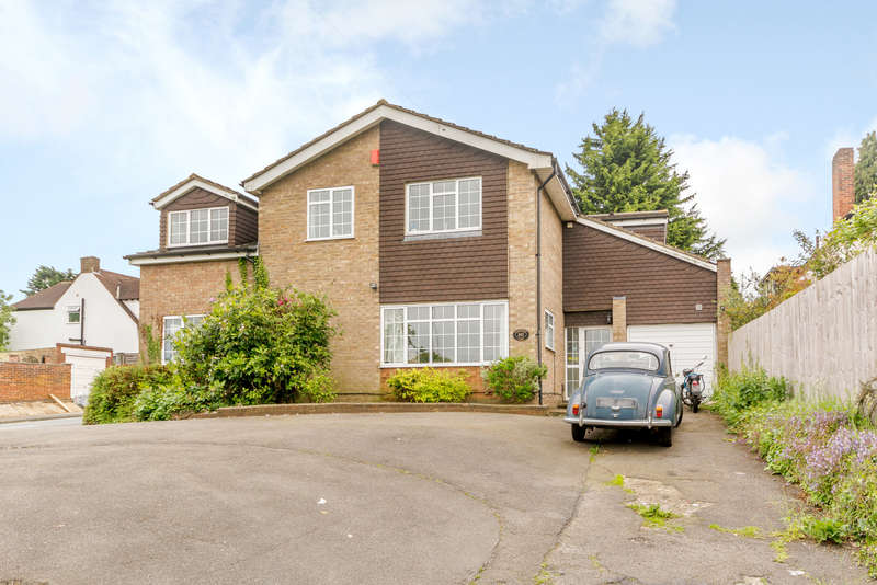 5 Bedrooms House for sale in Hampermill Lane, Watford