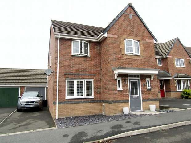 4 Bedrooms Detached House for sale in Bryn Uchaf, Bryn, Llanelli, Carmarthenshire