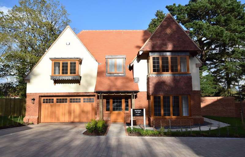 4 Bedrooms Detached House for sale in West Hill, Ottery St Mary